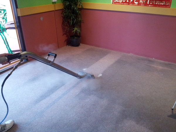 carpet steam cleaning 2